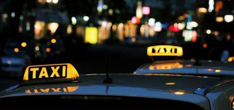 pedir taxi en a coruna aplicaciones