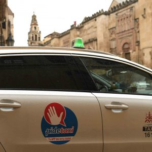 pedir taxi en agudo