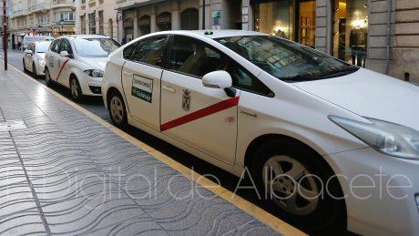 pedir taxi en alcala del jucar