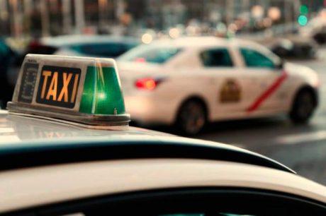pedir taxi en arahal