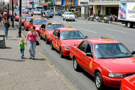 pedir taxi en aranga