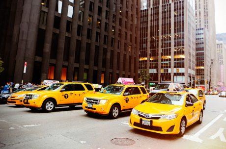 pedir taxi en chillon