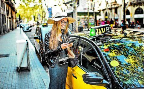pedir taxi en esquirol