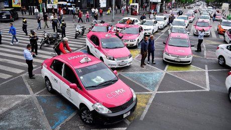 pedir taxi en jun