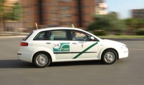pedir taxi en otivar