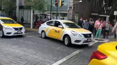 pedir taxi en pliego