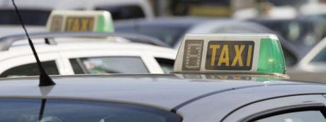 pedir taxi en pruna
