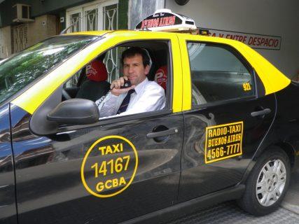 pedir taxi en villamanta