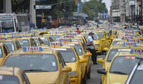 pedir taxi en zalamea la real