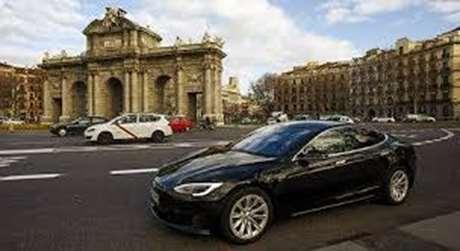 taxi-recogida-personas-Astigarraga