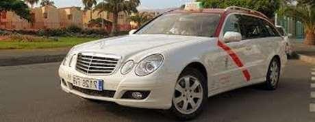 reservar-taxi-24horas-Alovera