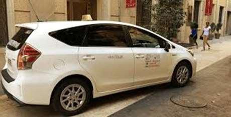 pedir-taxi-parada-Cervelló