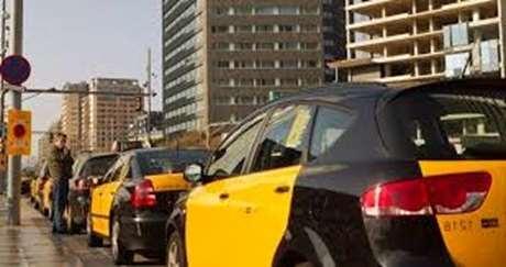 pedir-taxi-vehiculo-de-alta-gama-León