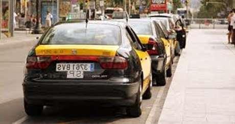 pedir-taxi-pago-efectivo-Es Mercadal
