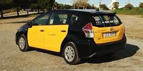 pedir-taxi-vehiculo-de-lujo-Nules