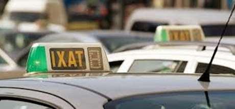 radio-taxi-pago-efectivo-Nigrán