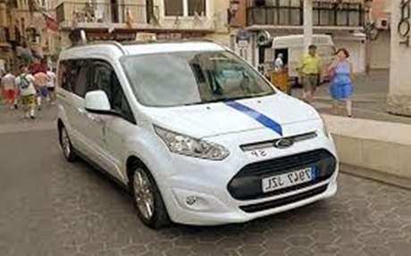 pedir-taxi-recogida-cartel-Lleida