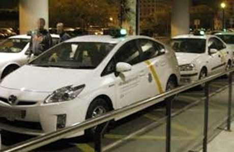 pedir-taxi-tarjeta-credito-Curtis