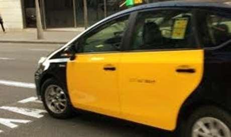 pedir-taxi-tarjeta-credito-Barreiros