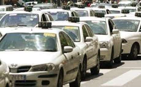 servicio-taxi-para-eventos-Mahora