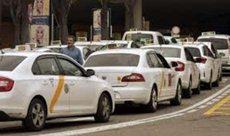 servicio-taxi-larga-distancia-Esporles