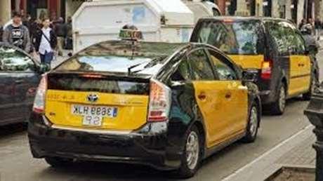 pedir-taxi-24-horas-Villanueva de Córdoba
