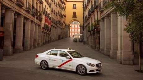 reservar-taxi-silla-bebe-Puig de Santa Maria
