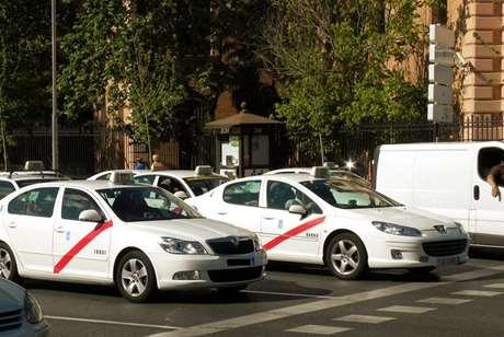 radio-taxi-reserva-movil-Berriozar