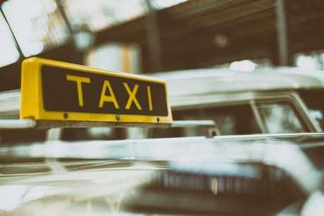 tele-taxi-servicio-recados-Villaviciosa de Córdoba