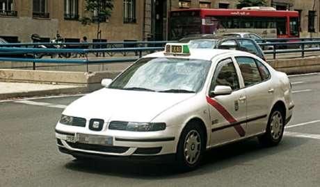 pedir-taxi-adaptado-Albatera