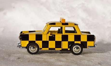 servicio-taxi-aplicaciones-Ceuta