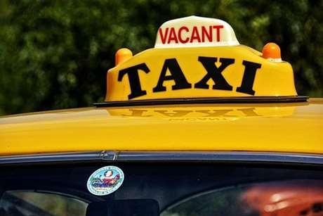 reservar-taxi-ninos-colegio-Muro de Alcoy